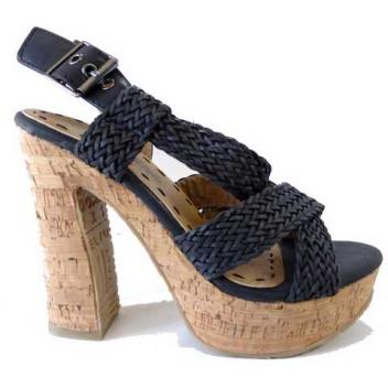 Sandale pour femme 3,50 € HT/unité Référence : 6893