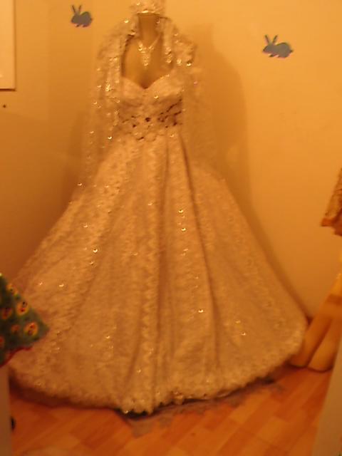 Location de robes tunisienne pour mariage destockage grossiste for Location de robe de mariage en ligne