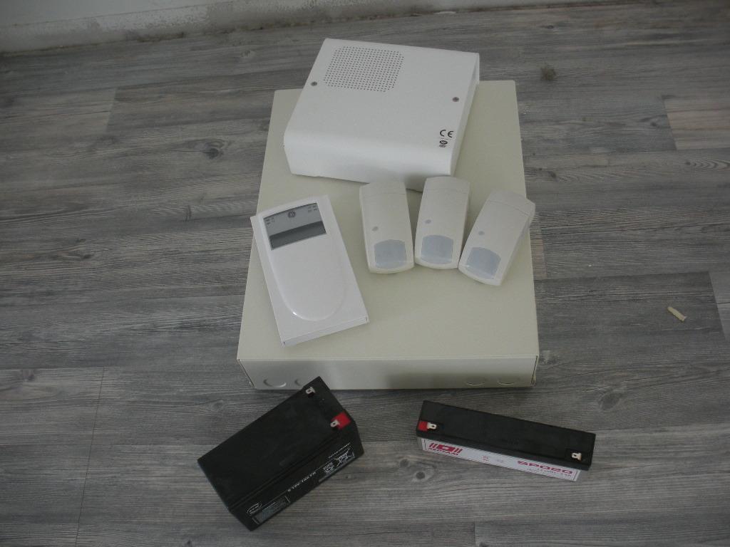 Installateur d alarme belgique tarif horaire artisan for Adt alarme maison