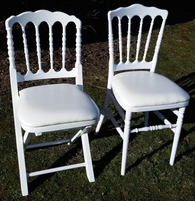 chaises napol on pliantes et fixes destockage grossiste. Black Bedroom Furniture Sets. Home Design Ideas
