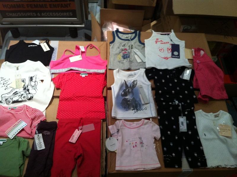 Destockage de vetements enfant de marque Grossiste: http://www.destockplus.com/acheter/c-590834-destockage-de-vetements-enfant.html