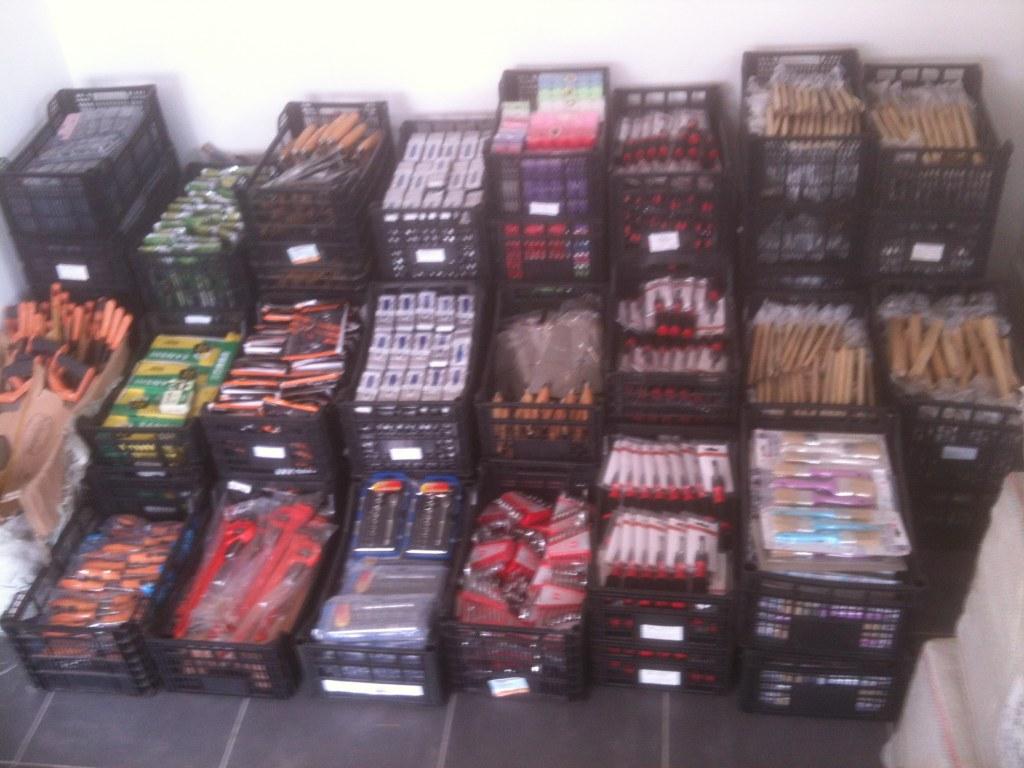 Palettes destockage liquidation lot soldeurs outils bazar pinceaux - Destockage electromenager 77 ...
