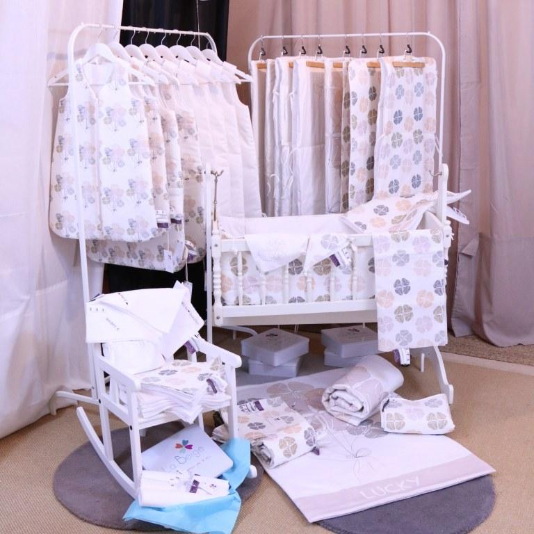 stock d 39 articles de pu riculture destockage grossiste. Black Bedroom Furniture Sets. Home Design Ideas
