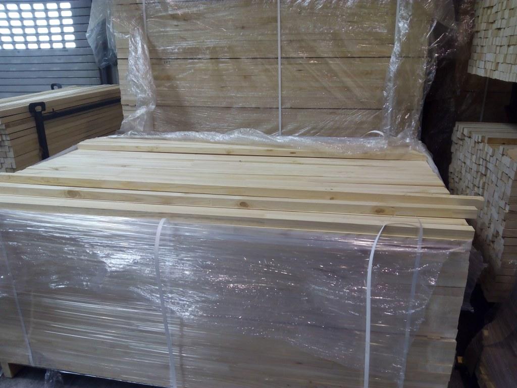 destockage de tasseaux bois pin rabot grossiste. Black Bedroom Furniture Sets. Home Design Ideas