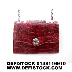 SAC A MAIN VERNIS ROUGE REF 7003 2.9€ HT
