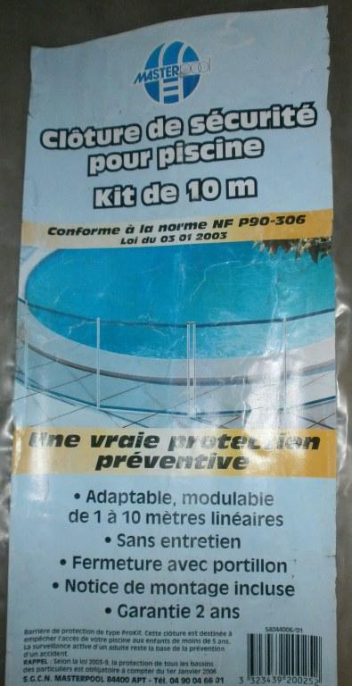Kit cloture s curit pour piscine 10m destockage grossiste for Securite pour piscine