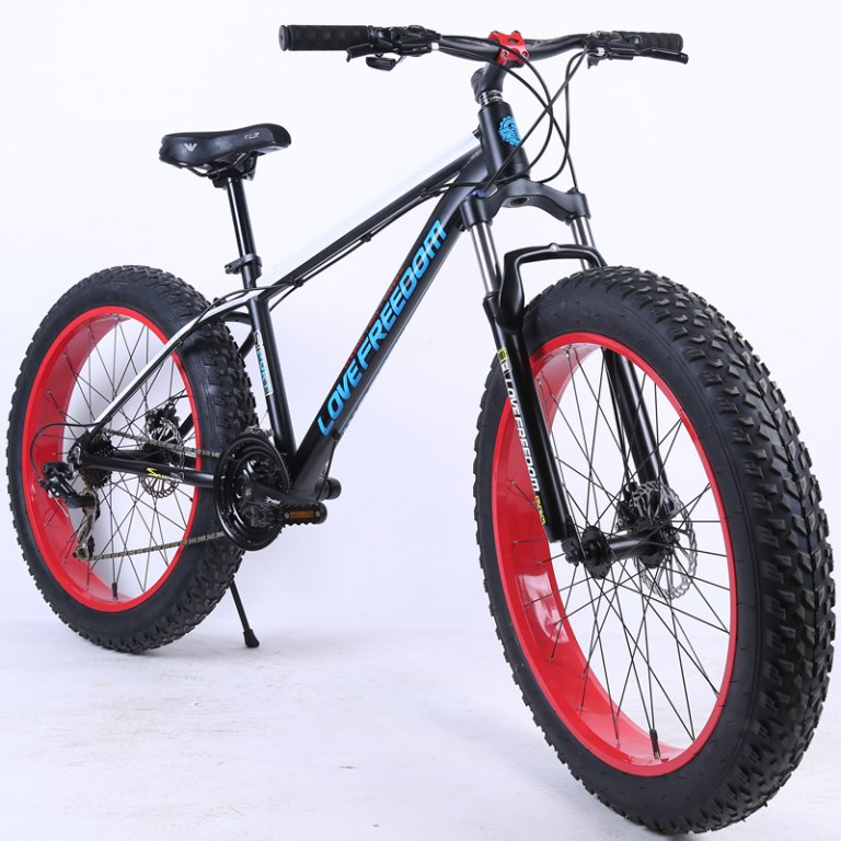 vtt fat bike noir 26 pouces 4 0 27 vitesses destockage grossiste. Black Bedroom Furniture Sets. Home Design Ideas