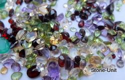 Lot de pierres fines taillées naturelles de 50 à 5000 Carats et +