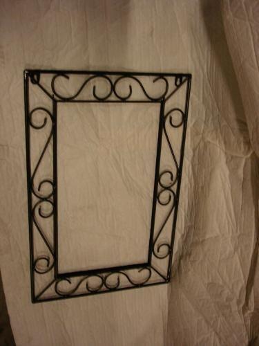 Cadre pour miroir fer forg 60cm neuf destockage grossiste for Miroir en fer forge noir