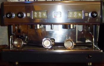 machine a cafe percolateur 2 groupes comme 9 destockage grossiste. Black Bedroom Furniture Sets. Home Design Ideas