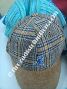 Lots de bonnets & casquettes Kangol enfant