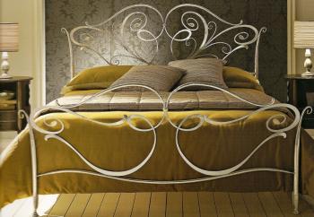 vendre lits haute gamme fer forge destockage grossiste. Black Bedroom Furniture Sets. Home Design Ideas