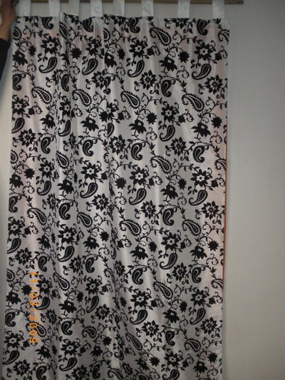 rideau de tafta baroque mnkdiffusion destockage grossiste. Black Bedroom Furniture Sets. Home Design Ideas