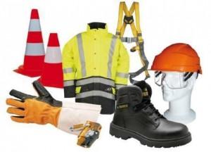 Lot de marchandise EPI : Chaussures, gants et vêtements de travail et équipements de pr...