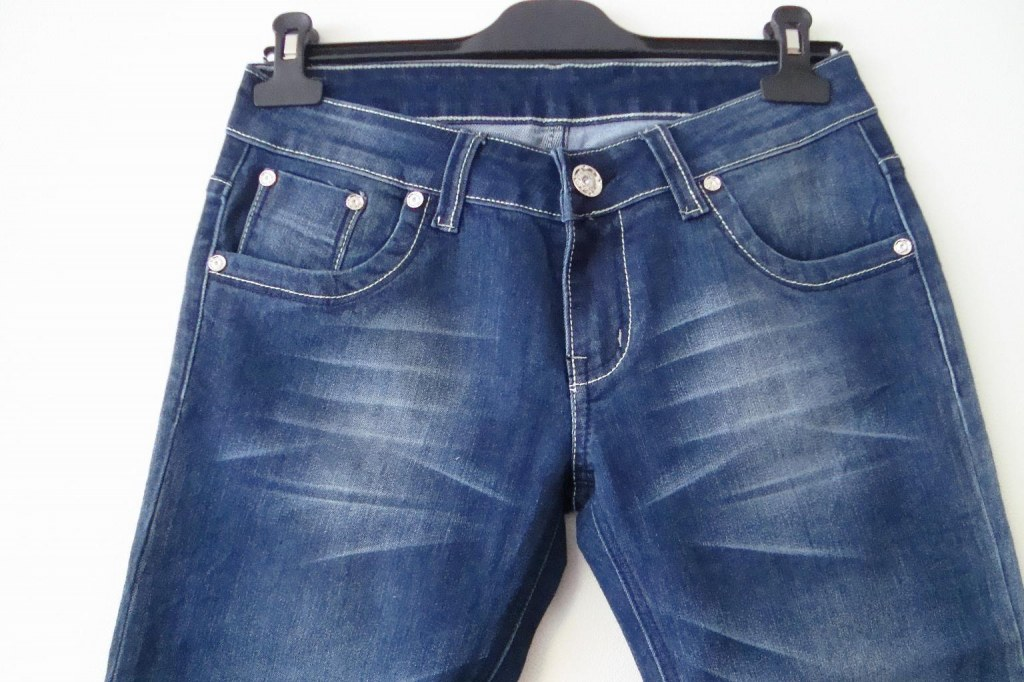 destockage lot de jeans femme kelly 39 s grossiste. Black Bedroom Furniture Sets. Home Design Ideas