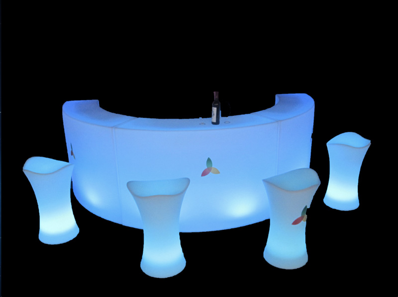 mobilier lumineux europe materiel destockage grossiste. Black Bedroom Furniture Sets. Home Design Ideas