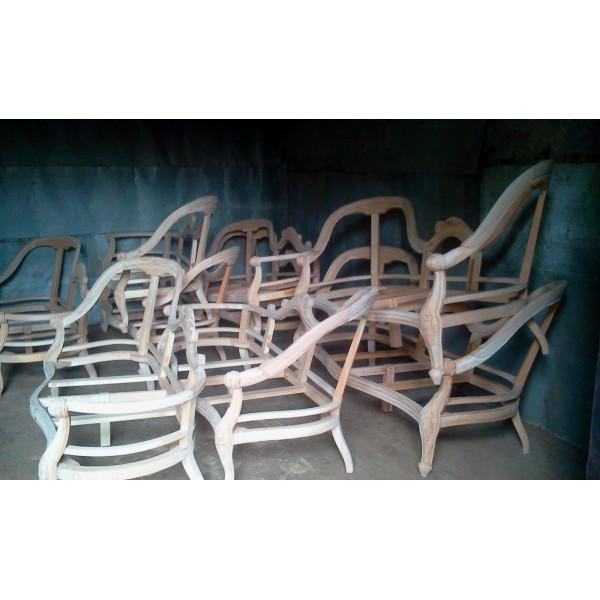 grossiste carcasses bois brut 126 events destockage. Black Bedroom Furniture Sets. Home Design Ideas