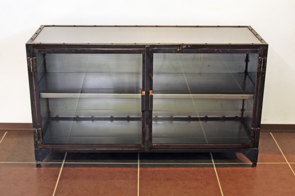 Buffet m tal industriel d co du diois destockage grossiste - Buffet metal industriel ...