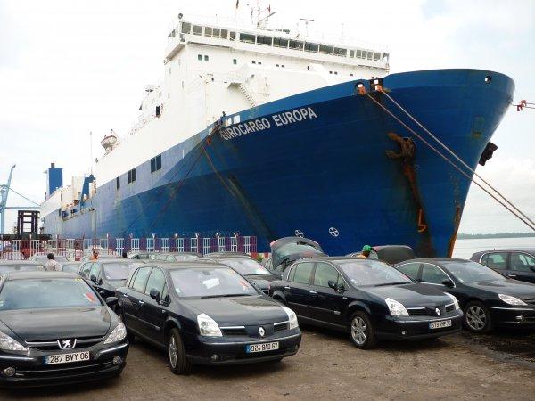 transport maritime de v hicules vers l 39 afrique destockage grossiste. Black Bedroom Furniture Sets. Home Design Ideas