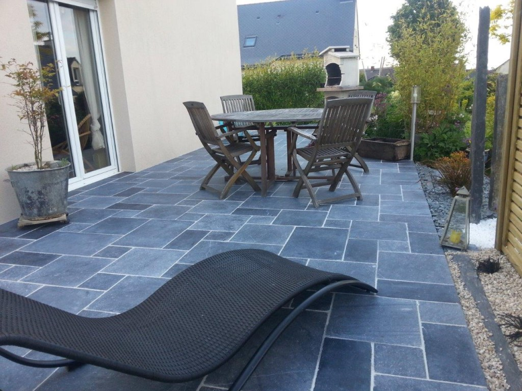 carrelage pierre bleue opus 40x60 colle offerte destockage grossiste. Black Bedroom Furniture Sets. Home Design Ideas