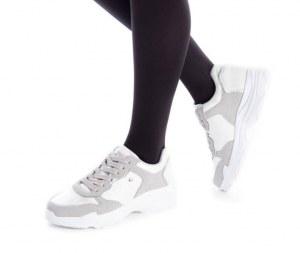 Chaussures de sport à la mode pour femmes (assorties)