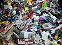 Lot maquillages de marque 250 pieces