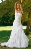 Robe de mariée lacée au dos à volants Blanc