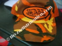 Déstockage de Casquettes Von Dutch