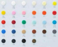 Boutons pression plastique (variation de couleurs)
