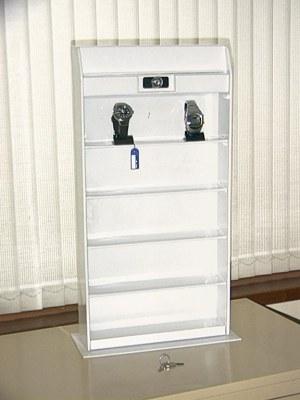 pr sentoirs vitrine avec serrure pour montres ou autres destockage. Black Bedroom Furniture Sets. Home Design Ideas