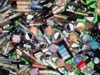 Lot de maquillage et parfum
