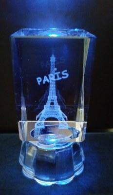 CUBE CRISTAL Led motif 3D Tour Eiffel PARIS