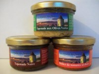 Offre spécial, tapenade d'olives et tomates séchées