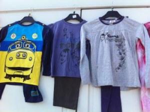 Lot de licence pyjamas et ceinture