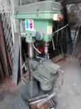 Lot de machines & outils de serrurier ferronnier