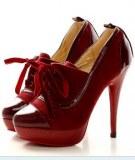 Escarpins à lacets Rouge