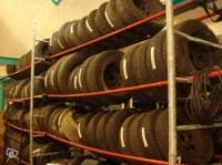Lot de 200 pneus avec jantes alu ou tole