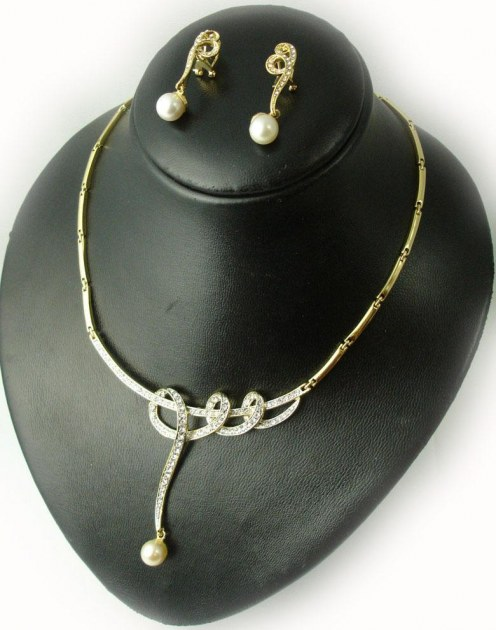 vent en gros et demi gros de bijoux accessoires destockage grossiste. Black Bedroom Furniture Sets. Home Design Ideas