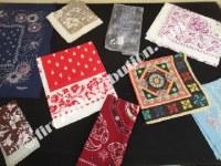 Lots d'écharpes et foulards M. Classic.