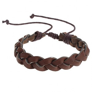 Bracelet tresse en cuir de couleur marron