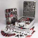 Boite, caisse, coffret à outils 186 pièces