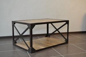 Table basse bois massif et métal industrielle