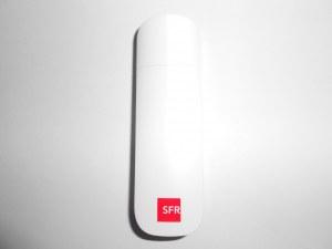 Clé Internet USB 42.2 Mb/s Haute performance E372 Bloquée SFR