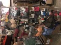 e1aba2cd322 Lot de palettes de marchandises ACCESSOIRES