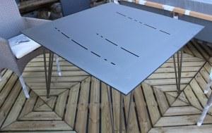Table Carrée Empreinte Fabrication Hédone Réf : FLRP 0700