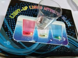 Verre a shot en plastique lumineux