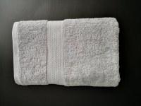 Drap de bain ou serviette de bain