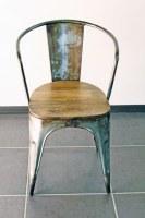 Chaise industrielle vintage vieilli