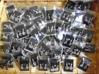 LOT de 200 paires de boucles d'oreilles argentés