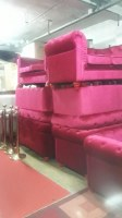 Lot de canapé Chesterfield en velours rouge